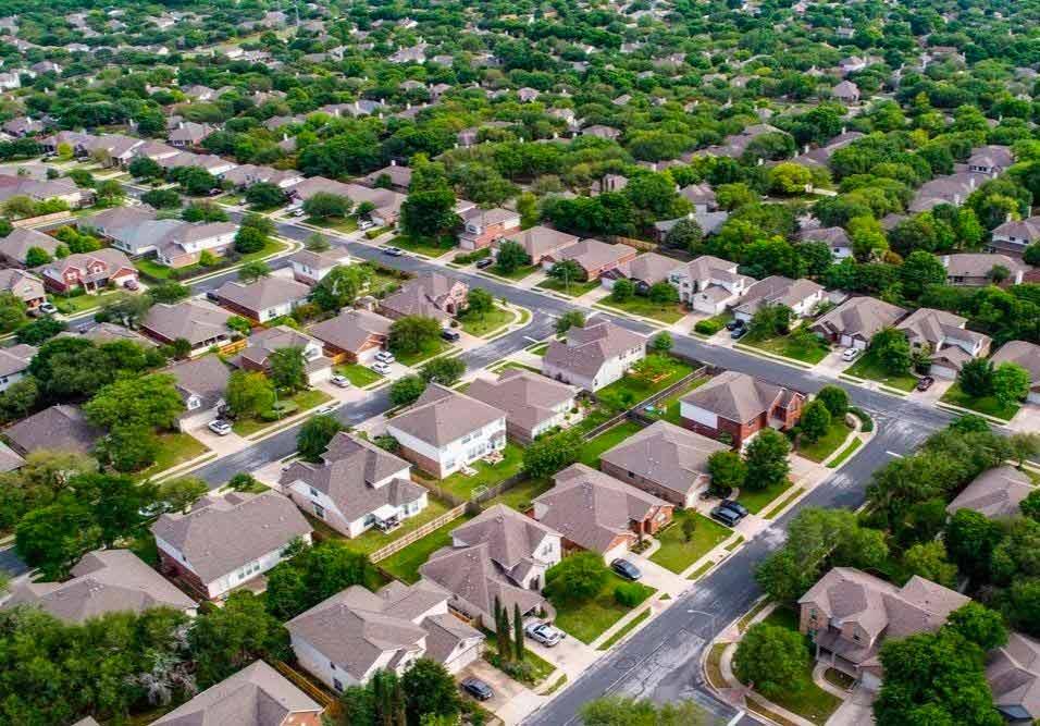 Advogado e presidente de associação de moradores de residencial explica os limites jurídicos e os perigos envolvidos nesse tipo de ação