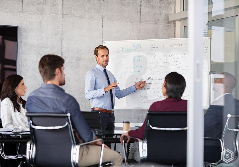 Como estruturar os alicerces da uma gestão condominial bem sucedida investindo em parceria, relacionamento e confiança entre síndico, administradora e zelador