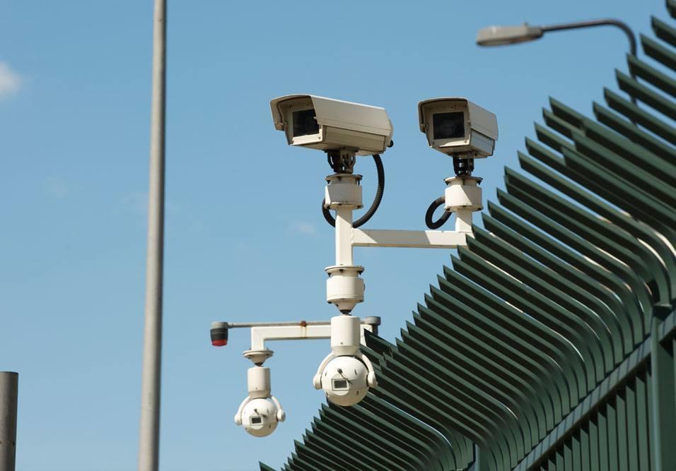 Advogada comenta caso em que morador solicitou a filmagem das câmeras para checar possível avaria em seu carro