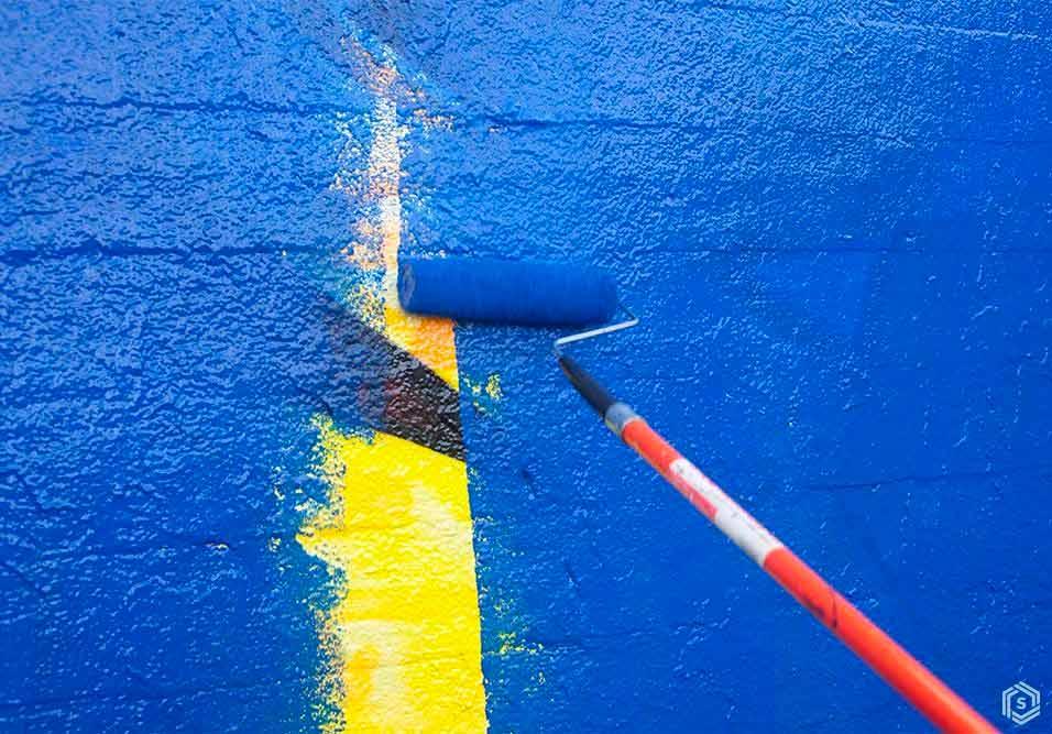 Prédio apaga arte em apoio à comunidade LGBT