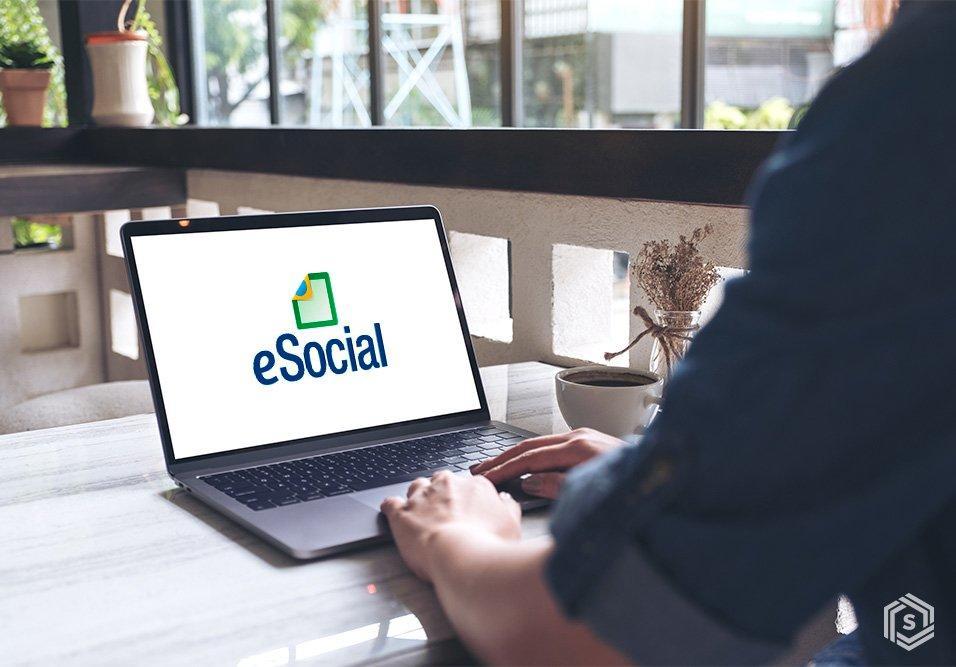 Prevista para setembro, implantação da 3ª fase do eSocial para condomínios foi adiada, sem nova data, devido ao estado de calamidade em decorrência da COVID-19