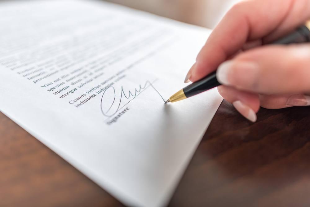 Veja cláusulas importantes que não podem faltar no documento