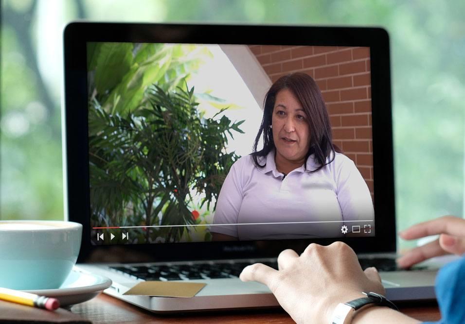 """Série """"na prática"""" mostra como trazer o zelador para colaborar na gestão do condomínio"""