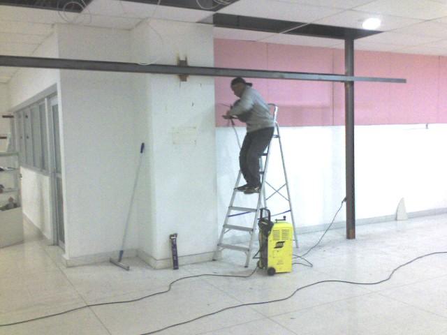 Foto - Portico Metálico para insttalação de Porta Industrial