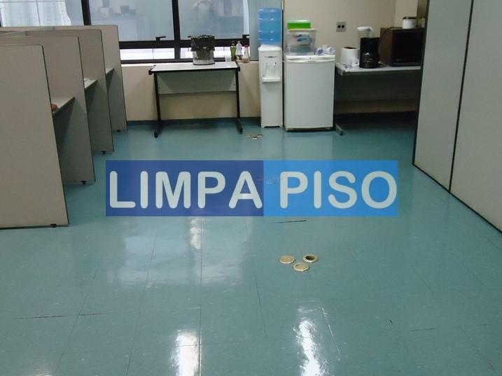 Foto - PISO EM PAVIFLEX NA CENTERTAP DEPOIS.