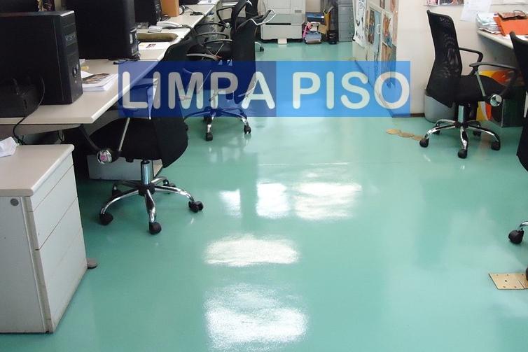 Foto - IMPERMEABILIZAÇÃO EM PISO EPÓXI.