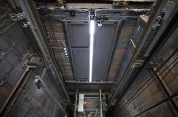Foto - Que tal reduzir custos com manutenção de elevadores? Conheça nossas soluções! (11) 2601-2522