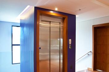 Foto - Precisando instalar um elevador de qualidade? Conheça nosso Elevador EL1200X e se surpreenda!