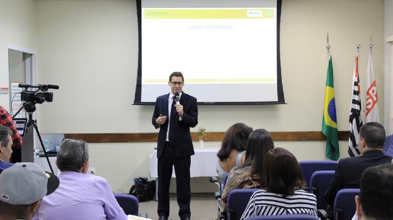 Foto - Dr. Rodrigo Karpat no Ciesp - Curso de Direito Condominial