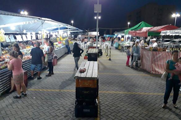 foto feira premium queijos